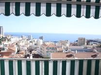 Трехкомнатный пентхаус с видом на море и Монако