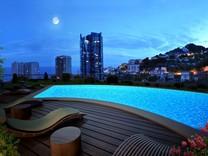 Строящийся комплекс с видом на Монако