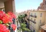 Просторная квартира в 50 метрах от Монако