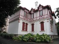 Квартира-студия во Франции