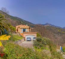 Вилла с бассейном и красивой панорамой в Coaraze, продажа. №38430. ЭстейтСервис.