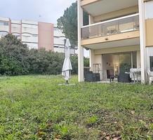 Апартаменты с одной спальней с выходом в сад в Антибах, продажа. №37551. ЭстейтСервис.