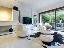 Дизайнерская квартира в 800-х метрах от пляжа в Каннах