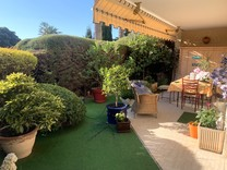 Апартаменты с большим садом в Каннах, Petit Juas