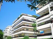 Апартаменты с удобным расположением в Каннах