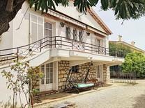Дом с хорошим потенциалом в Juan-les-Pins