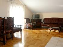 3х комнатная квартира с мебелью в Будве