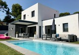 Дизайнерская вилла с бассейном в Mougins