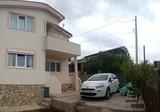 Современный дом в окрестностях Добра Вода