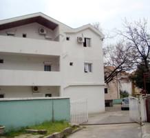 Мини-отель в Черногории, в центре Будвы, продажа. №13542. ЭстейтСервис.