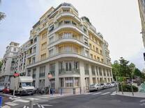 Квартира между Parc de la Grenouille и Square Alziari de Malaussena
