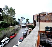 Большой таунхаус с видом в Ллорет Де Мар, продажа. №37669. ЭстейтСервис.
