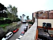 Большой таунхаус с видом в Ллорет Де Мар