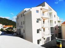 Апартаменты недалеко от пляжа в Игало