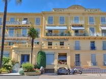 Трёхкомнатная квартира в стиле лофт в Ментоне