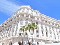 Квартира на верхнем этаже знаменитого Palais Miramar