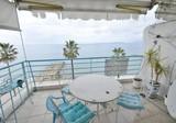 Апартаменты на первой линии с видом на Cap d'Antibes и Cannes