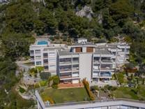 Двухкомнатная квартира с видом в Вильфранш-сюр-Мер