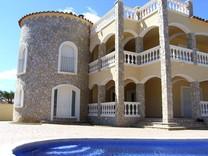 Вилла в Испании
