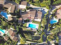 Провансальский дом с видом на море и Cap d'Antibes