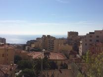 Двухкомнатные апартаменты с видом в Босолей