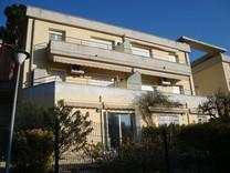 Апартаменты с собственным садиком в Плайя-де-Аро