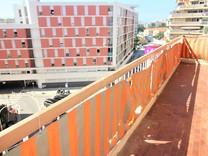 Большая квартира под ремонт в Ницце, Сен Рош