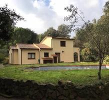 Атмосферная вилла с бассейном в Santa Cristina d'Aro, продажа. №38222. ЭстейтСервис.