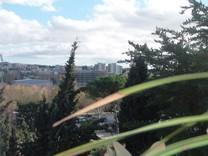 Дом с панорамным видом в Saint-Laurent-du-Var