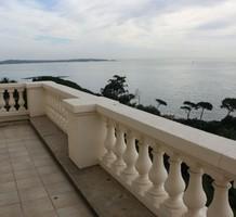 Просторная квартира с видом на море и Кап д'Антиб, продажа. №38007. ЭстейтСервис.