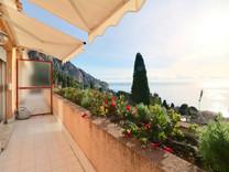 Очаровательный дом с видом на море в Ментоне
