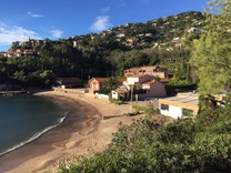 Вилла прямо у пляжа в Theoule-sur-Mer